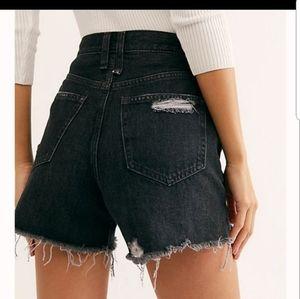 Free People Makai Distressed Cutoff Shorts 30
